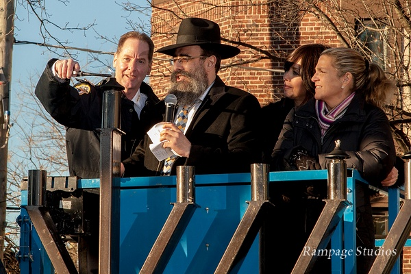Port Washington Chanukah Candle Lighting Ceremony 2016